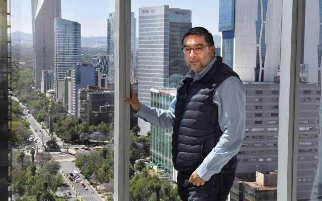 MISIÓN. De acuerdo con Fernando Coca, en el país hay materia prima y mano de obra, pero falta darle la debida difusión. Foto: Pablo Salazar Solís