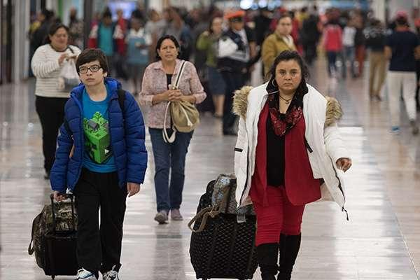 Con ello, la aerolínea transportó a un total de 1 millón 135 mil 335 pasajeros en vuelos nacionales e internacionales, logrando un crecimiento del 5.2 por ciento en la cantidad de viajeros movilizados. FOTO: CUARTOSCURO