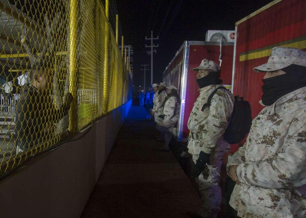El conflicto con los migrantes inició desde ayer por la noche. FOTO: ARCHIVO/ CUARTOSCURO