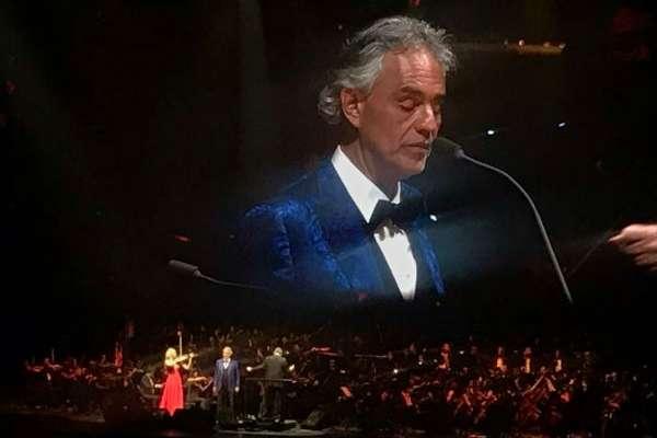 Bocelli alternó el entarimado con la soprano Larisa Martínez. Foto: Especial