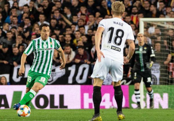 El mexicano y capitán de la Selección Nacional, Jugó de titular en la eliminación de su club en la Copa. FOTO: ESPECIAL