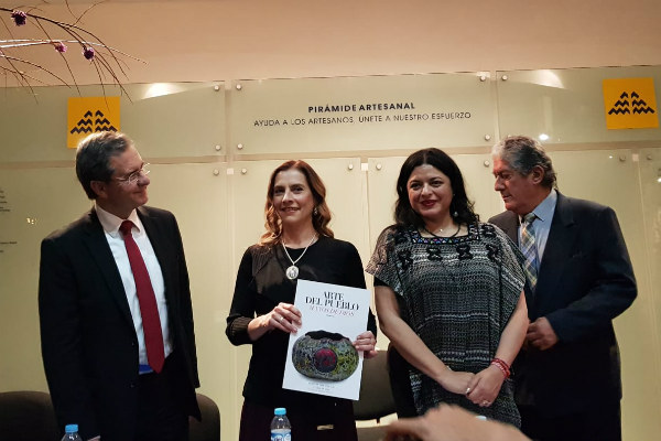 """Gutiérrez Müller, quien acudió como invitada a presentar el libro, destacó que el museo es """"una muestra de la grandeza nacional"""""""