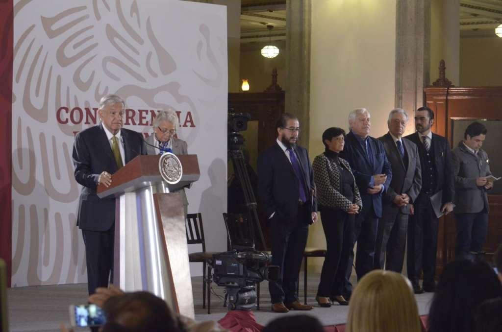 Andrés Manuel López Obrador pidió a la CNTE liberar las vías FOTO: ARCHIVO/ CUARTOSCURO