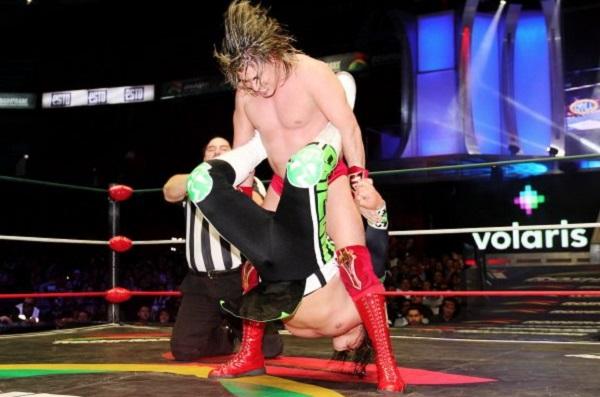 Niebla Roja consideró que tras perder su máscara, en 2017 ante Gran Guerrero, su carrera profesional tomó un nuevo rumbo. Foto: Especial