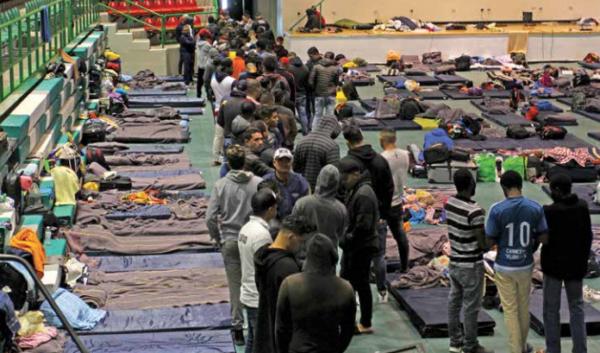 Migrantes que llegaron procedentes de Coahuila, permanecen en el albergue que instaló el gobierno estatal en Juárez. FOTO: LUNA MARTÍNEZ