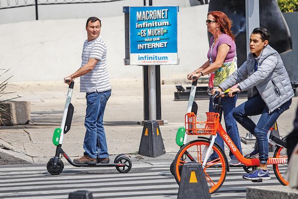 La contraprestación definitiva que las empresas de bicis y scooters pagarán todavía no se pacta. Foto: Nayeli Cruz / El Heraldo de México.