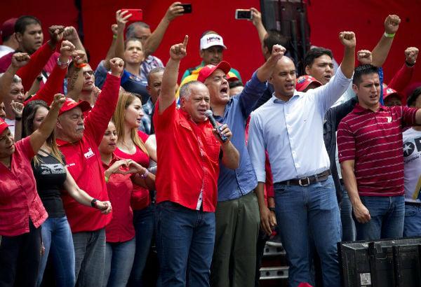 Diosdado Cabello encabezó ayer un encuentro con maduristas. FOTO: AP
