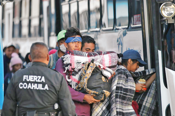 LLEGADA. Unos mil 600 migrantes se encontraban ayer en Coahuila. Foto: Especial.