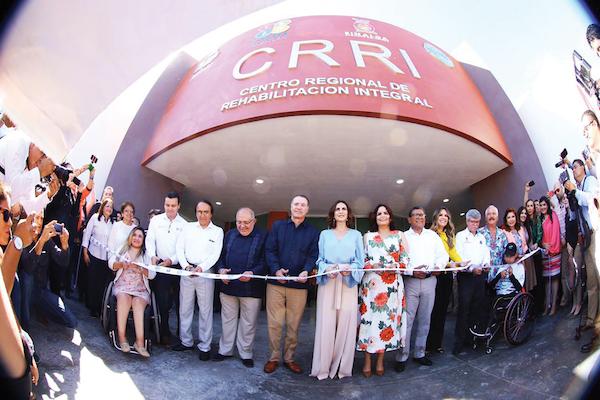 El gobernador de Sinaloa, Quirino Ordaz, y su esposa Rosy Fuentes, inauguraron el CRRI. Foto: Especial.