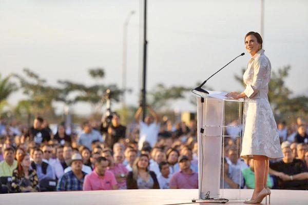 Rosy Fuentes de Ordaz, presidenta del DIF Sinaloa. Foto: Especial.
