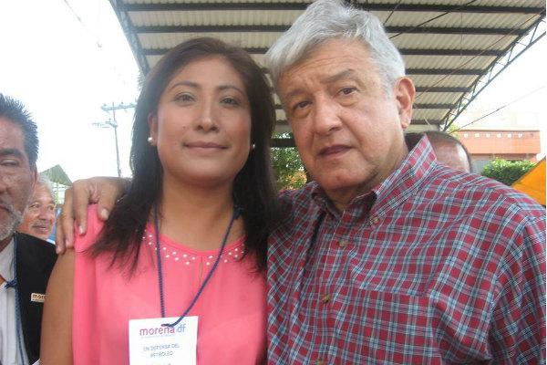En la administración de Sheinbaum como delegada de Tlalpan, Arrieta Meza fue jefa de unidad departamental del área de desarrollo económico, en la parte de cooperativas