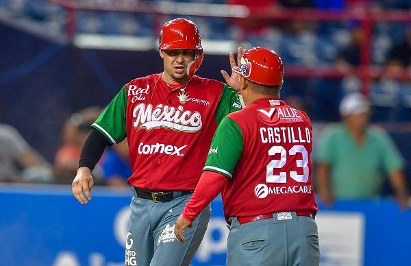 México abrió el marcador en la primera entrada aprovechando un lanzamiento descontrolado del abridor Yariel Rodríguez. Foto: AFP