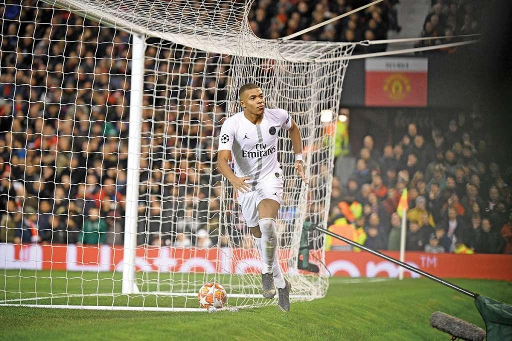 El PSG ses el primer club francés en ganar en Old Trafford. Foto: AFP