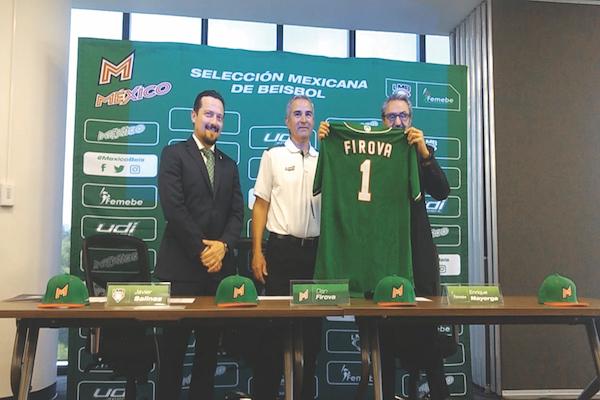 LISTOS. La experiencia de Dan Firova enriquecerá al equipo mexicano. Foto: Irving Furlong