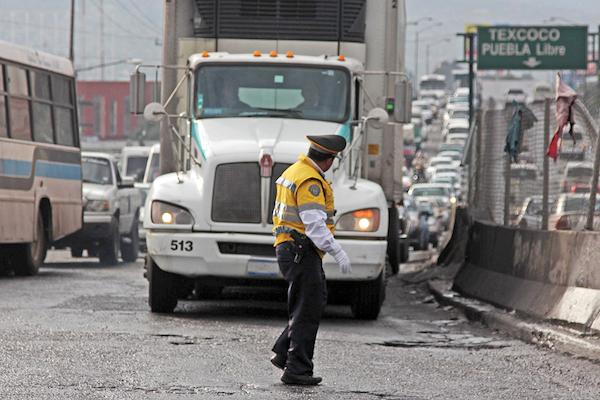 En 2018 se registraron 12 mil 206 robos al transporte de mercancías encarreteras. FOTO:  SAÚL  LÓPEZ /CUARTOSCURO.COM