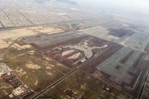 México informó que liquidó más de 34 mil mdp a los tenedores de la Fibra E del NAIM. FOTO: ESPECIAL