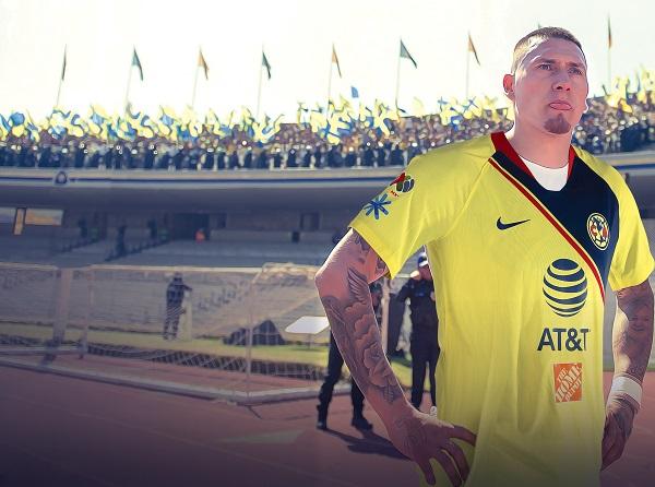 REGRESO. Nicolás tendrá el apoyo de la afición azulcrema en la cabecera sur del estadio. FOTOARTE: ALLAN G. RAMÍREZ