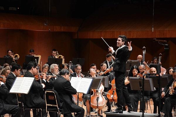 """Rodolfo ganó tras interpretar """"Collage"""", del compositor Armando Luna y el cuarto movimiento de la"""