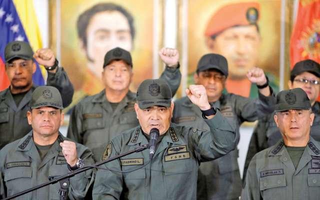 La cúpula militar dijo que no permitirán la entrada de ayuda. Foto: Reuters