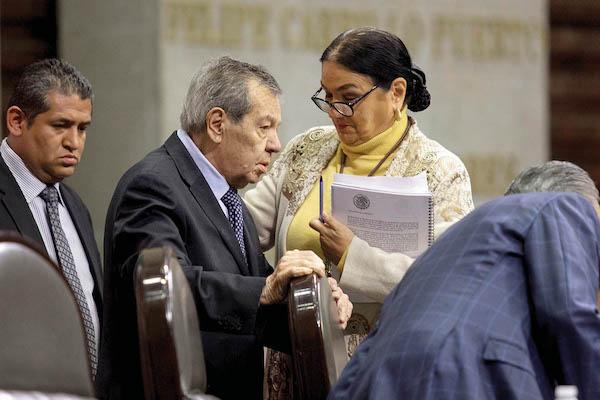 APOYO. Morena necesita los votos del PRI para lograr reformas constitucionales. FOTO: GALO CAÑAS /CUARTOSCURO.COM