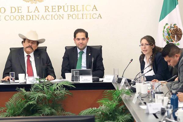 Dejan al PRI sólo una planta baja en San Lázaro cc26eea56e6