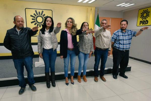El actual líder y ex diputado local, Raúl Flores, fue desplazado por la dirigencia nacional