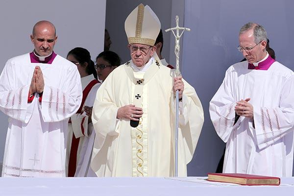 El pontífice indicó que no hubo acciones concretas por parte del gobierno de Maduro. FOTO: REUTERS