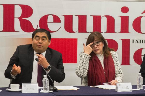 La Presidenta de Morena insiste en repetir la candidatura de Miguel Barbosa FOTO: Cuartoscuro