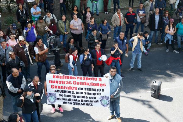 Este lunes se registraron paros laborales en 14 estados de la República con la amenaza de llamar a un paro nacional en los próximos días