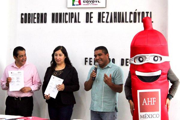 El alcalde, Juan Hugo De la Rosa García señaló que Nezahualcóyotl se convierte así, en el único municipio del Estado de México que formaliza dicho programa
