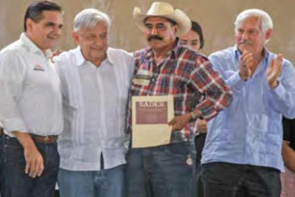 El 8 de febrero, el gobernador de Michoacán recibió al Presidente en Michoacán, a quien le ofreció trabajar en conjunto. Foto: Especial.