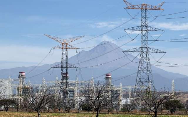 La termoeléctrica de Huexca comenzó su construcción en el año 2012. Tiene una inversión de 25 mil mdp. FOTO: CUARTOSCURO