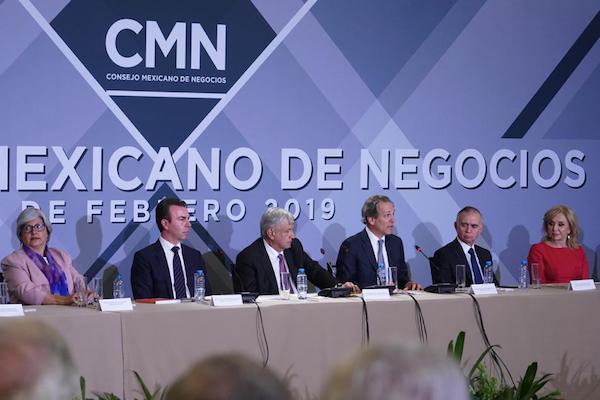 Alejandro Ramírez pasó la estafeta a Antonio del Valle como nuevo presidente del Consejo Mexicano de Negocios. Foto:  Nancy Balderas