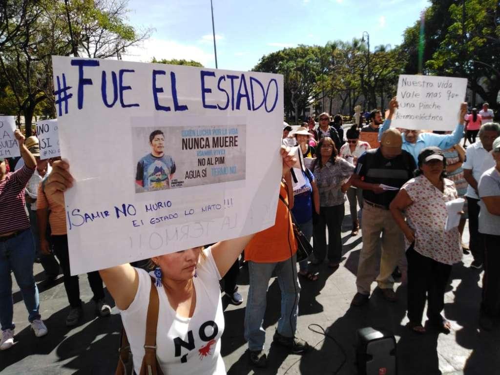 Protesta en termoeléctrica