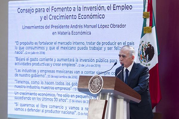 El Jefe de la Oficina del presidente Andrés Manual López Obrador, Alfonso Romo participó en la presentación del Consejo para el Fomento a la inversión, el empleo y el Crecimiento Económico. FOTO: NOTIMEX