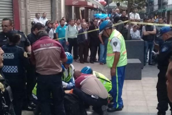 Un hombre fue baleado en el Centro Histórico después de un presunto asalto:  Foto: @ciemergencias