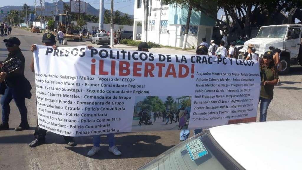 En la protesta también participan miembros de la CRAC. FOTO: ESPECIAL