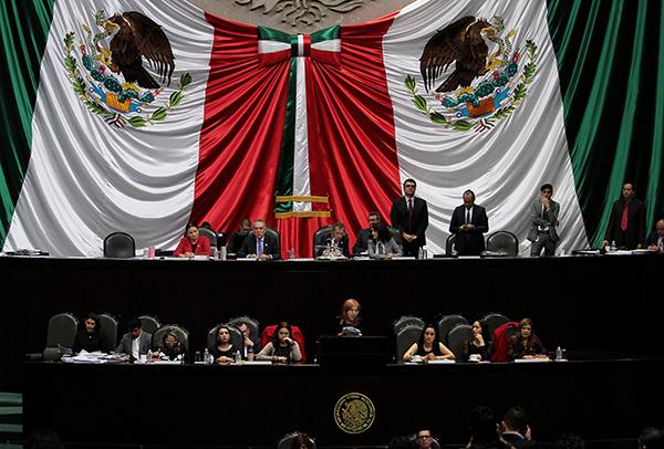 La discusión se tensó cuando el petista, Gerardo Fernández Noroña, reclamó a los panistas no aludir al bloqueo económico –implementado por Estados Unidos-- que tiene a Venezuela sumida en una crisis económica. FOTO: NOTIMEX