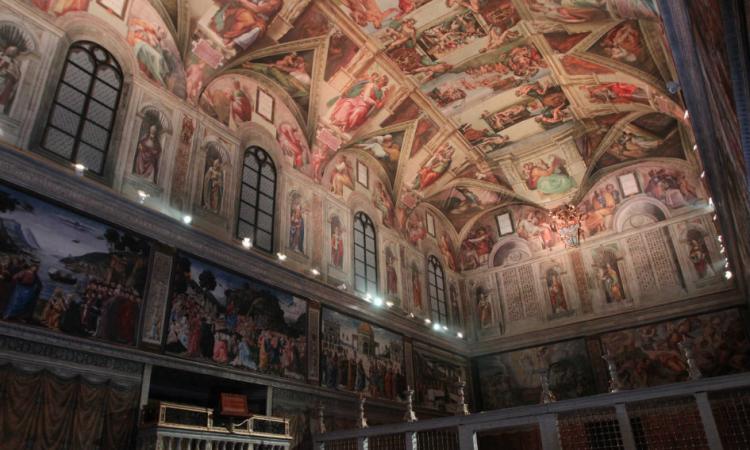 La impresionante reproducción de la Capilla Sixtina, la monumental obra de Miguel Ángel que originalmente se encuentra en el Vaticano, llegó a Pachuca. Foto: Especial