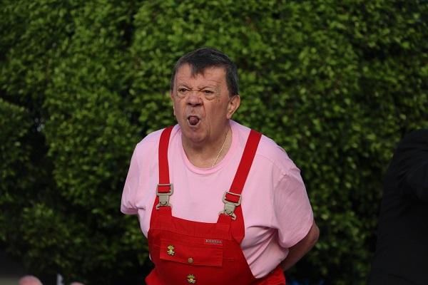 ACLARA. Su hijo dice que es un mito que los comediantes sean malhumorados. Foto: Cuartoscuro