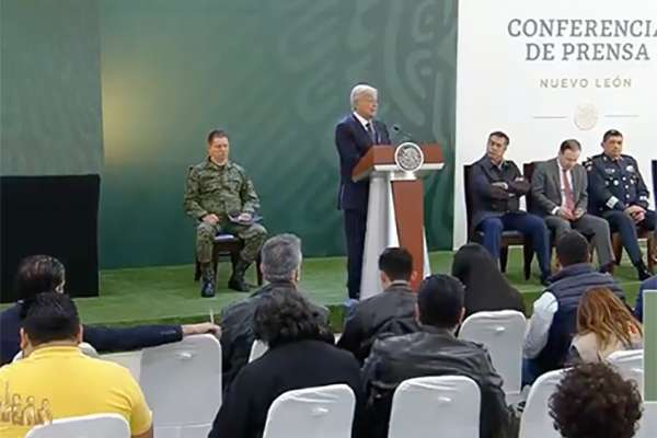 López Obrador realiza su  conferencia de prensa matutina desde la Séptima Zona Militar en Monterrey, Nuevo León. FOTO: ESPECIAL