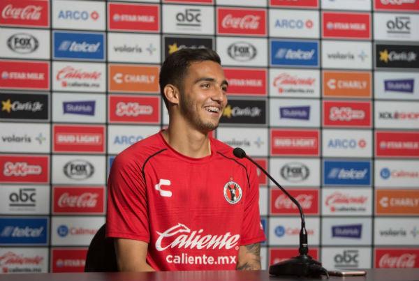 Luis Chávez tiene una zurda privilegiada, pues marcó un soberbio gol por medio de un disparo en los octavos de copa