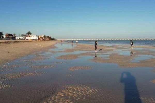 En Progreso, el mar se alejó de la orilla cerca de 100 metros. Foto: Especial