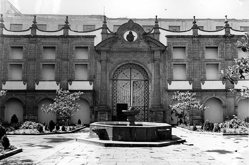 NUEVA SALA DE SITIO. En el predio que ocupa el Museo Nacional de las Culturas estaba la Casa Denegrida, utilizada por el emperador Moctezuma para dialogar con las deidades del pueblo mexica. Foto: Especial