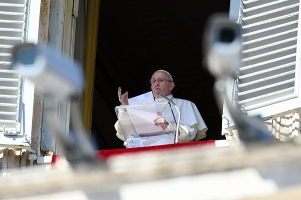 El pontífice prometió