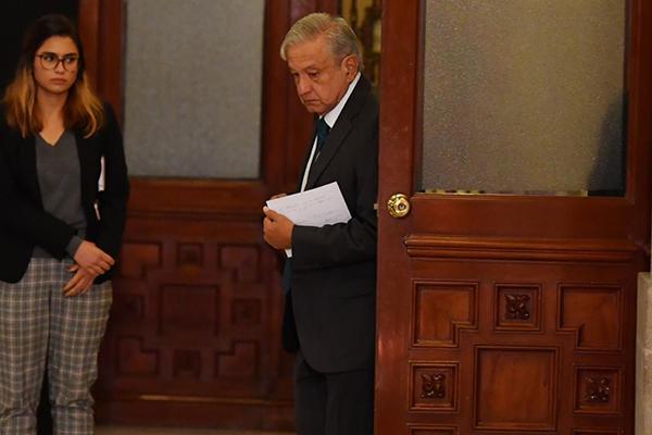 Andrés Manuel López Obrador previo a su conferencia de prensa matutina en Palacio Nacional. FOTO: PABLO SALAZAR
