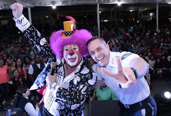 """Finalmente el alcalde puntualizó """"la Alcaldía de Cuajimalpa seguirá llevando sonrisas a los cuajimalpenses"""". FOTO: ESPECIAL"""