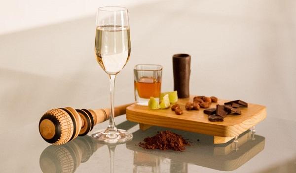 Los chocolates con 75 por ciento de cacao producen una sensación caliente, gracias a la acidez y amargor del cacao que estabiliza la carga de alcohol. Foto: Cortesía