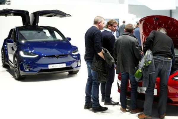 Teslaperdió un crédito fiscal que hacía que sus autos fueran más accesibles para los compradores estadounidenses. Foto: Reuters