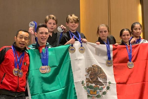 Cinco de los competidores forman parte de laEscuela INSPIRE. FOTO: ESPECIAL